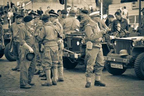 commémoration, libération, lyon, septembre, 1944, uniformes, défilé, reconstitution, soldats, jeep
